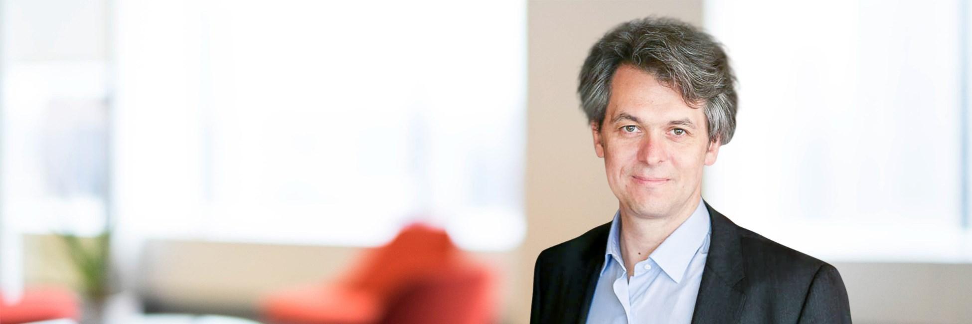 Loic Plantevin - Management Consultant - Bain & Company
