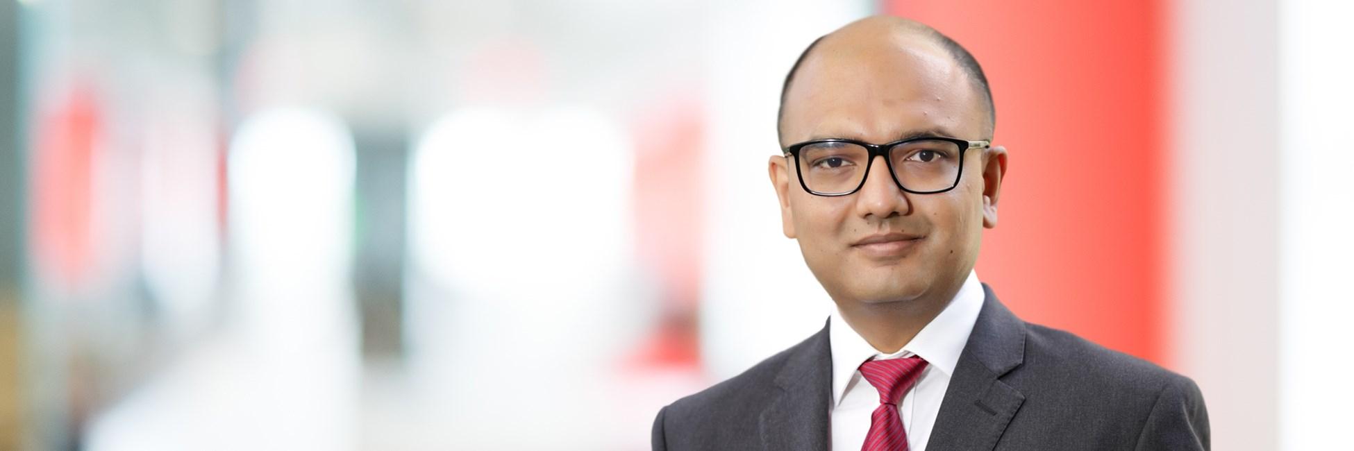 Parijat Jain - Management Consultant - Bain & Company